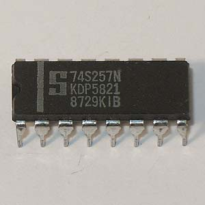 74S257N Quad Data Selector/Multiplexer (Signetics)