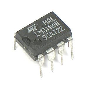 LM311WN High Performance Voltage Comparator (Pkg of 5)