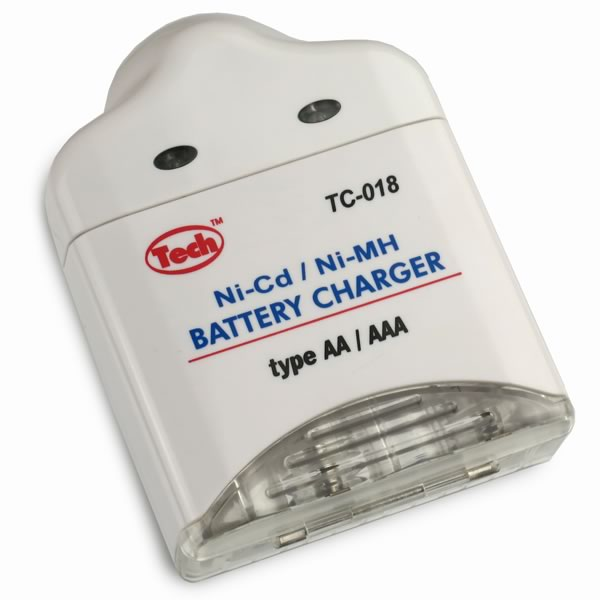 CLEARANCE! (Pkg 2) Compact Lightweight Ni-Cd/Ni-MH Battery Charger